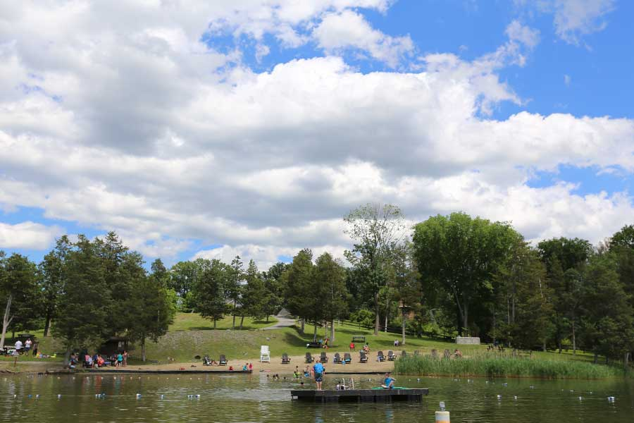 Sleepy Hollow Lake governance sets the guidelines for property appearance